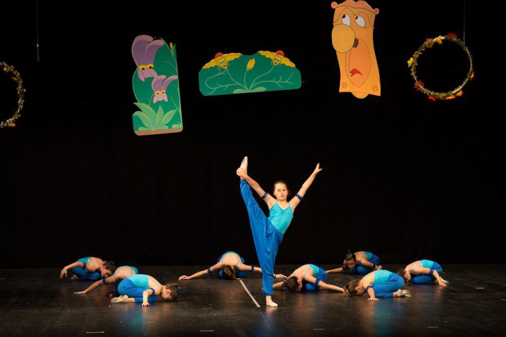 Školica Baleta Zvončica: Alisa u zemlji čuda