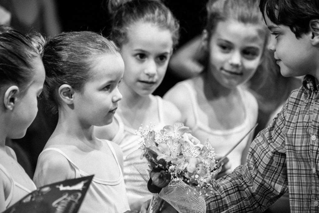Školica Baleta Zvončica: Stiglo je i cveće!