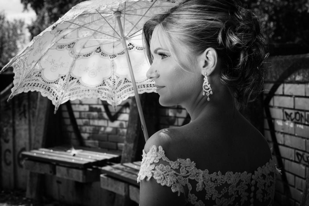 Jelena mlada crno-belo